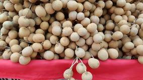 Ampuła stos owoc, longans Obrazy Stock