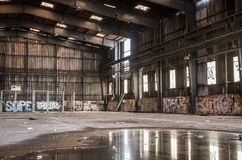 Ampuła zaniechany hangar Obraz Royalty Free