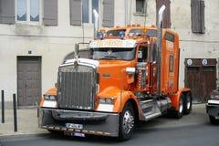 Américain riche présentation personnalisée grand par camion Photo libre de droits