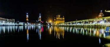 amritsar guld- india punjab tempel Arkivbilder