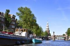 Amstel rzeka z houseboats zdjęcie royalty free