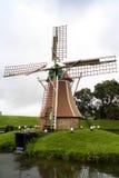 Amsterdão (NL) - moinho de vento imagens de stock