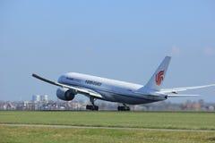 Amsterdão os Países Baixos - 2 de abril de 2017: B-2096 Air China Cargo Imagem de Stock