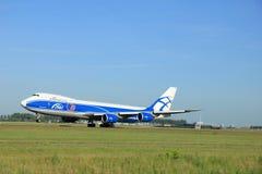 Amsterdão, os Países Baixos - 9 de junho de 2016: VQ-BFE AirBridgeCarg Imagens de Stock