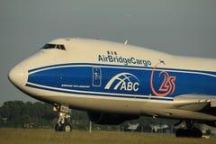 Amsterdão, os Países Baixos - 1º de junho de 2017: VQ-BUU AirBridgeCargo Boeing Fotos de Stock
