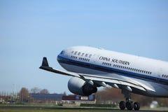 Amsterdão os Países Baixos - 25 de março de 2017: B-6548 China Southern Airlines Fotos de Stock