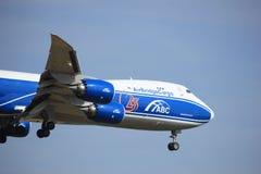 Amsterdão, os Países Baixos, julho, 2ø 2016: VQ-BGZ AirBridgeCargo Boeing 747 Imagens de Stock