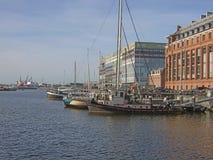 Amsterdão - porto com construção de Silodam e silo de grão Imagem de Stock Royalty Free