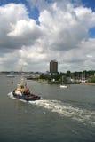 Amsterdão. Tugboat. Porta. Fotografia de Stock Royalty Free