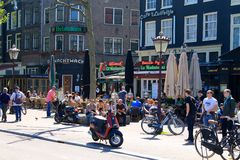 Amsterdão, Waterlooplein, os Países Baixos foto de stock royalty free