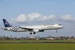 Amsterdam Airport Schiphol - A321 of Air France (Skyteam Livery) lands Royalty Free Stock Photography