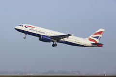 Amsterdam Airport Schiphol - An Airbus A320 of British Airways takes off Stock Images