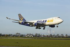 Amsterdam Airport Schiphol - Boeing 747 of Atlas Air lands Royalty Free Stock Images