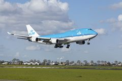 Amsterdam Airport Schiphol - Boeing 747 of KLM lands Royalty Free Stock Images