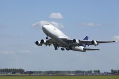 Amsterdam Airport Schiphol - Boeing 747 of Saudi Arabian Cargo takes off Royalty Free Stock Photos