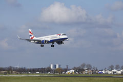 Amsterdam Airport Schiphol - British Airways Embraer 190 lands Stock Photography
