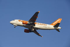 Amsterdam Airport Schiphol - EasyJet Airbus A319 takes off Stock Image