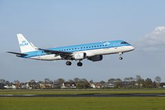 Amsterdam Airport Schiphol - Embraer ERJ-190 of KLM Cityhopper lands Royalty Free Stock Photography