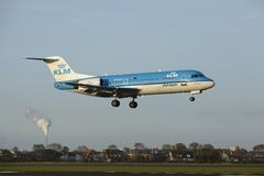 Amsterdam Airport Schiphol - Fokker 70 of KLM Cityhopper lands Stock Photography