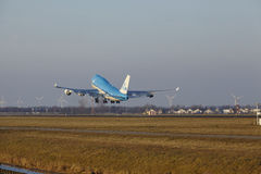 Amsterdam Airport Schiphol - KLM Boeing 747 takes off Stock Photography
