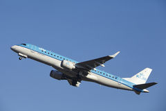 Amsterdam Airport Schiphol - KLM Cityhopper Embraer 190 takes off Stock Photos