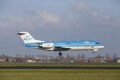 Amsterdam Airport Schiphol - KLM Cityhopper Fokker 70 lands Stock Photo