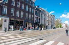 30 Amsterdam-APRIL: P C De straat van de Hooftstraatmanier met de rij van winkels op 30 April, 2015 Stock Foto