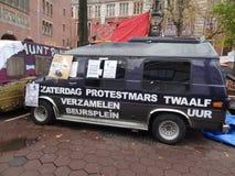 amsterdam beursplein upptar Arkivfoton