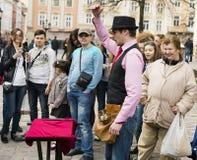 Amsterdam bietet jedem Sommerviel preiswerte Unterhaltung, spezielle Leistungen, Festivals, Kulturveranstaltung und Straßenausfüh Lizenzfreies Stockbild