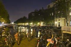 Amsterdam bij Nacht Royalty-vrije Stock Afbeelding