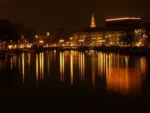 Amsterdam bis zum Nacht Lizenzfreie Stockfotos