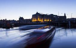 Amsterdam bis zum Nacht Stockbild