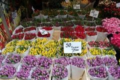 Amsterdam-Blumenmarkt Lizenzfreie Stockbilder