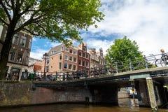 Amsterdam broar på kanaler Fotografering för Bildbyråer