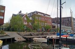 Amsterdam budynki i kanały Zdjęcia Stock