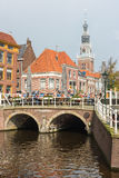 Amsterdam Canal Streetsikt Arkivfoto