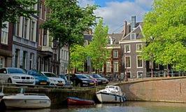 Amsterdam - canali e case olandesi tipiche Fotografia Stock