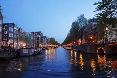 amsterdam canals night Στοκ φωτογραφία με δικαίωμα ελεύθερης χρήσης