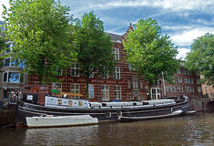 Amsterdam - Canals and typical dutch houses Stock Photography