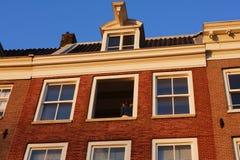Amsterdam, casa típica, primavera, amor imagenes de archivo