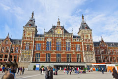 Amsterdam Centraal stacja kolejowa na Amsterdam, holandie Zdjęcie Royalty Free