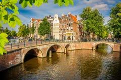 Amsterdam cityscape fotografering för bildbyråer