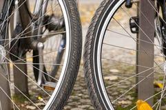 Amsterdam cyklar Arkivbild