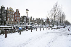 Amsterdam in de winter in Nederland Royalty-vrije Stock Foto's