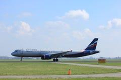 Amsterdam die Niederlande - 2. April 2017: VP-BUM Aeroflot Airbus A321 Lizenzfreie Stockfotos