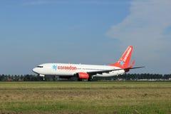 Amsterdam, die Niederlande - August, 18. 2016: TC-TJG Corendon Airlines Lizenzfreies Stockbild