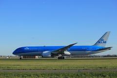 Amsterdam die Niederlande - 7. Januar 2018: PH-BHA KLM Boeing 787-9 Dreamliner Lizenzfreie Stockbilder