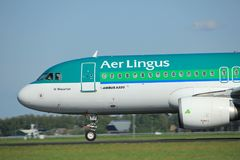 Amsterdam die Niederlande - 3. Mai 2018: EI-DVJ Aer Lingus Airbus Stockfotografie
