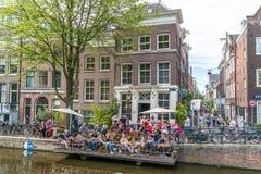 Amsterdam, el 5 de agosto de 2017: Barcos de la navegación 2017 del desfile del canal foto de archivo libre de regalías