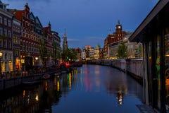 Amsterdam en la noche Imagenes de archivo